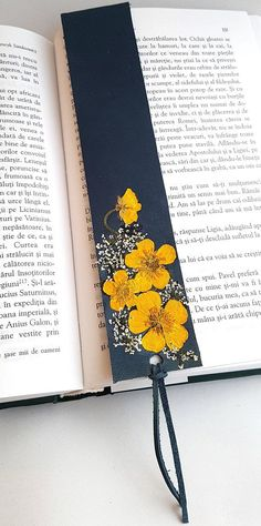 handmade bookmarks Leather Bookmark with Yellow Pressed Flowers, Book Lover Gift, Reader Gift, Bookmark, Handmade leath Creative Bookmarks, Cute Bookmarks, Bookmark Craft, Creative Gifts, Bookmark Ideas, Ribbon Bookmarks, Corner Bookmarks, Homemade Bookmarks, Homemade Mothers Day Gifts