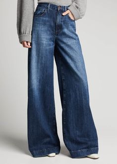 J Brand Thelma High-Rise Super Wide-Leg Jeans - Bergdorf Goodman High Waisted Baggy Jeans, Loose Jeans, Wide Leg Denim, Wide Leg Jeans, High Waist Jeans, Designer Plus Size Clothing, Jeans Outfit Winter, Curvy Jeans, Denim Branding