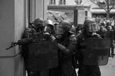 In the corner - Manifestation contre la loi travail. Paris, 19 mai 2016