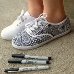 Zentangle Sneakers | zentangle # zentangle art # zentangle doodle # zentangle pattern ...   Heyyyy @Lauren Davison Krause !!!!! My birthday is October 24th.....:)) Just an FYI These would be awesome!! I'd wear them everyday! :)