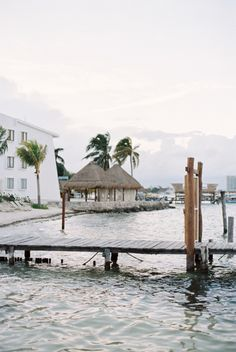Dock in Playa del Carmen Mexico | photography by http://www.laurelynsavannahphotography.com