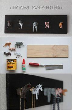 Ten en cuenta estas creativas ideas antes de tirar algún juguete a la basura. Es común tener juguetes que los niños no usan en casa. Ademá...