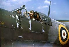 Aircraft Photos, Ww2 Aircraft, Military Aircraft, Fighter Pilot, Fighter Jets, Steampunk Ship, Supermarine Spitfire, Ww2 Planes, Battle Of Britain