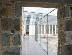 Structural glass link using frameless double glazed doors. Structural glass link using frameless double glazed doors. House Extension Design, Glass Extension, House Design, Garage Extension, Extension Designs, Extension Ideas, Barn Conversion Exterior, Glass Walkway, Cottage Porch