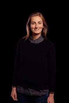 Lizz Zuyderduin - Fabrique - Portrait on Black -  About The People