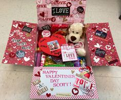 17 Trendy Craft Valentines Day Gifts For Him Care Packages 17 Trendy Craft Valentines Day Gifts For Him Care Packages Valentines Presents For Boyfriend, Valentines Day Care Package, Birthday Present For Boyfriend, Cute Boyfriend Gifts, Cute Valentines Day Gifts, Valentine Day Boxes, Valentine Crafts, Cute Gifts, Care Packages