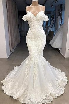 Amazing Sweetheart Appliqued Mermaid Wedding Dress-Cheap Wedding Dress Discover mermaid wedding dress, elegant wedding dresses online, cheap wedding gowns for women and find your perfect dress online today! Wedding Dress Trends, Sexy Wedding Dresses, Elegant Wedding Dress, Cheap Wedding Dress, Bridal Dresses, Lace Dresses, Dress Lace, Modest Dresses, Bridesmaid Dresses