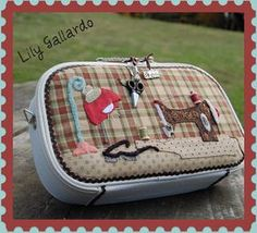 Sewing Case, Sewing Box, Love Sewing, Japanese Patchwork, Patchwork Bags, Quilted Bag, Sewing Crafts, Sewing Projects, Sewing Pockets