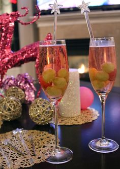 frozen grapes+bubbly
