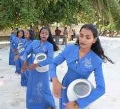 Traditional Maldives Folk Dances - Thaara Thaara