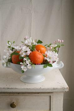 Oranges and blossoms in the base of an Ironstone tureen. Love mixing fruits and flowers in unusual ways