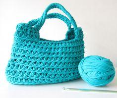 Crochet; yarn; handbag   Fabulating Delicacies Workshop   Workshop Fabulando Delicadezas
