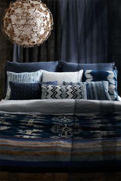 Love, love, love the pendant & super love the mixed pattern bedding! Denim-like bluesy. Perfect.