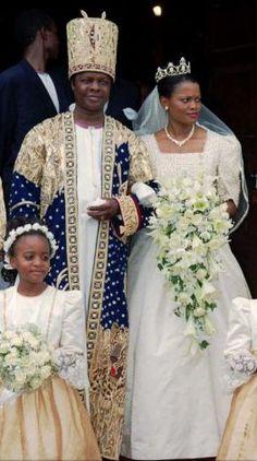 King Kabaka Ronald Muwenda Mutebi II, and his new wife Queen Sylvier Nagginda of Uganda's Buganda wedding on Aug. 27, 1999