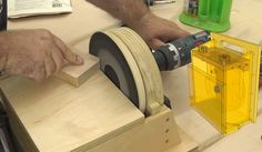 This Little Gem Is Handy, And Portable. Basic Carpentry Tools, Woodworking Projects For Kids, Homemade Tools, Make Your Own, How To Make, Garage Workshop, Diy And Crafts, Gem, Tutorials