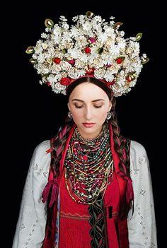 Calendar for 2017 Traditional Ukrainian Wedding attire Dress Desktop Poster book #Schyri
