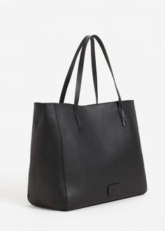 Carteira shopper pisoada (preto): MANGO (19,99€)