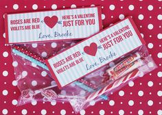 Valentines - Valentine card & gift ideas - DIY Valentine's Day Free Printable Treat Bag Toppers - #valentines  #BagToppers