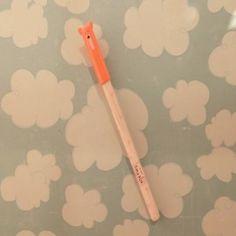 Boligrafo adorable tinta gel. http://shop.artcreatiu.com/es/36-novedades?p=2