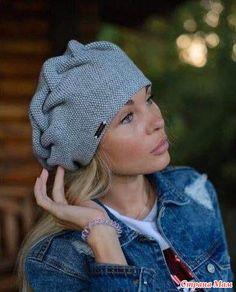 Christmas Gift Knitting Patterns, Sweater Knitting Patterns, Lace Knitting, Knitting Daily, Knitting Ideas, Crochet Beret, Knitted Hats, Crochet Stitches, Knit Beanie Hat