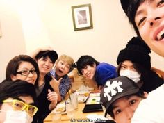 naruto cast + eating out