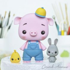 Piglet and His Friends by Crumb Avenue Cute Polymer Clay, Cute Clay, Polymer Clay Dolls, Polymer Clay Crafts, Diy Clay, Easter Cake Toppers, Wedding Cupcake Toppers, Fondant Cake Toppers, Fondant Cupcakes