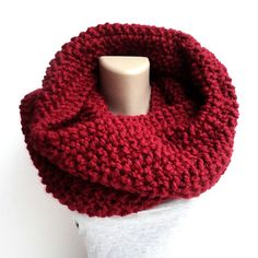 Brown floral scarf infinity scarf fall colors by senoAccessory Chunky Scarves, Fall Scarves, Red Scarves, How To Wear Scarves, Fashion Scarves, Fall Fashion Trends, Winter Fashion, Holiday Fashion, Street Style Shoes