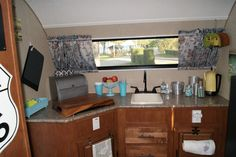 R-Pod 179 Kitchen