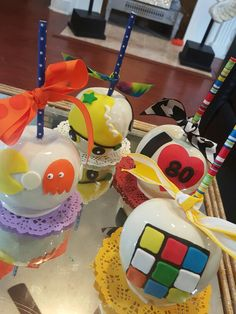 80s party candy apples @one_skinny_baker