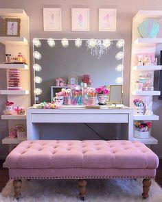 Teen Room Design Ideas Modern And Stylish. Design, furniture and color ideas for teenage small bedrooms from the guide to budgetdecorating. Bedroom Decor For Teen Girls, Teenage Girl Bedrooms, Small Bedrooms, Teen Rooms, Girl Rooms, Teen Room Designs, Girl Bedroom Designs, Design Bedroom, Makeup Room Decor