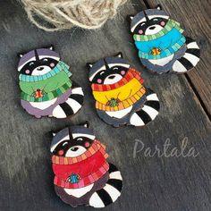 "Деревянные брошки ""Еноты"". // Wooden brooches.  Contacts:  www.vk.com/N.Partala http://ift.tt/1JbmHcL  #partalasisters #Partala #partalajewelry #partalashop #ceramics #handmade #decor #керамика #керамикаручнойработы #beauty #gifts #jewelry #art #творчество #стиль #мода #businessgirls #girls #art #fashion #porcelain #jewelry #hearts #handmadejewelry #russianbrand #ceramicjewelry #glassjewelry #брошки #beautygirls #brooch #енот by partala_brand"