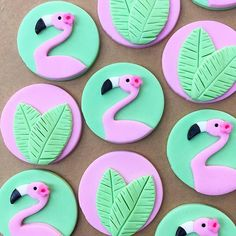 12 Tropical fondant cupcake toppers - Tropical cupcake toppers - Flamingo cupcake toppers - Flamingo birthday - Tropical birthday - Tropical Anyone ready for the cold to go away? I know I am! - Tropical cupcake toppers I created this week! Flamingo Cupcakes, Flamingo Party, Flamingo Birthday, Beach Cupcakes, Fondant Cupcakes, Fondant Toppers, Mermaid Tail Cake, Mermaid Cakes, Crea Fimo