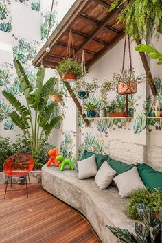 A patio can be a good choice to make your backyard looks more captivating. Check out these backyard patio ideas to improve your backyard look! Interior Design Living Room, Living Room Decor, Interior Decorating, Decorating Ideas, Decor Ideas, Interior Livingroom, Backyard Seating, Backyard Patio, Backyard Ideas
