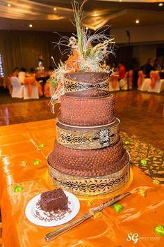 Polynesian wedding cake
