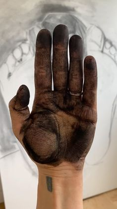 sarahmadeiraday on Instagram: Charcoal Portrait #charcoaldrawing #portrait #charcoalportrait Charcoal Portraits, Charcoal Drawing, Audio, Instagram