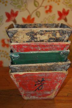 Vecchie ciotole per il riso cinesi