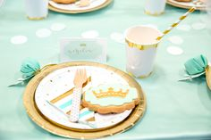 Create this pretty mint princess party with help from this gorgeous petite party kit from Mooico. Party Kit, Gold Party, Princess Party, Birthday Cake, Mint, Create, Peppermint, Birthday Cookies, Birthday Sheet Cakes