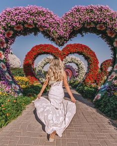 ♡ u n n y boo♡†. Foto Dubai, Miracle Garden, Alice In Wonderland Wedding, Tumblr Photography, Retro Aesthetic, Travel Goals, My Happy Place, Life Is Beautiful, Flower Power