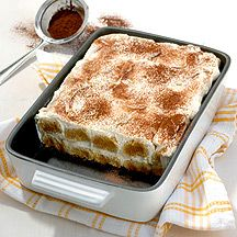 "Our recipe of the day: A Tiramisu recipe from the Weight Watchers cookbook ""Italian classics"". Weight Watchers Cake, Plats Weight Watchers, Weigh Watchers, Weight Watchers Desserts, Dessert Ww, Ww Desserts, Healthy Desserts, Dessert Recipes, Ww Recipes"