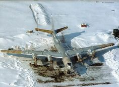 """A Russian Air Force Tupolev """"Bear"""" on a winters day. Military Jets, Military Aircraft, Luftwaffe, Russian Bombers, South African Air Force, Air Force Aircraft, Russian Air Force, Top Air, Military Pictures"""