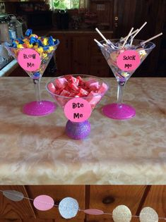 There are plenty of fun bachelorette party ideas that you can implement into your bash. Let the bride get wild one last time before her big day. Bachlorette Party, Bachelorette Party Essen, Bachelorette Party Decorations, Lingerie Party Decorations, Lingerie Party Games, Bachelorette Desserts, Bachelorette Games, Dessert Party, Martini