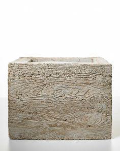 Faux-Bois (fake box) planter mold from Martha Stewart ((garden-hypertufa-concrete)) Concrete Casting, Concrete Cement, Concrete Crafts, Concrete Projects, Concrete Garden, Concrete Planters, Diy Planters, Garden Planters, Garden Crafts
