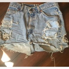 Levi Shorts Good condition, The model in the pic isn't me it is the previous posher who sold me these. Unfortunately, they don't fit so i have to resell. Super cute wish they did, good for summer! Levi's Shorts Jean Shorts