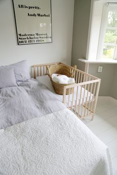 Looking for a budget friendly co-sleeper? Here is a tutorial for a very easy and cheap DIY co-sleeper, by using an IKEA baby crib called Sniglar! Ikea Baby Bed, Baby Bedroom, Baby Room Decor, Nursery Room, Kids Bedroom, Ikea Baby Room, Ikea Baby Nursery, Nursery Ideas, Ikea Sniglar Crib