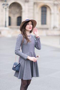 """Look """"tout gris"""" pour les jours gris ou l'inter-saison par @modeandthecity"""