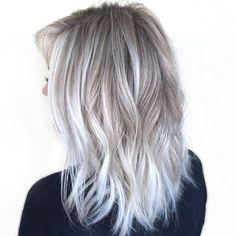 Silver ombre , gray hair ombre #hairstyle #haircolor #grey #greyhair #bleachandtone #blonde #platinumhair #hair #haircolor