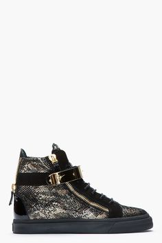 GIUSEPPE ZANOTTI Black and Gold Printed Python London Sneakers Chaussure,  Nike Huarache, Shox De cb70026aabb9