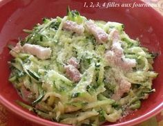 Zucchini à la carbonara - 4 girls in the kitchen - Cuisiner - Meat Recipes Vegan Zucchini Recipes, Healthy Zucchini, Healthy Chicken Recipes, Healthy Cooking, Meat Recipes, Healthy Dinner Recipes, Cooking Recipes, Comidas Light, How To Cook Pork