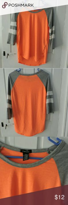 Rue 21 3/4 Sleeve NWOT Rue 21 3/4 Sleeve Top new with out tags. size large. never worn Rue 21 Tops Tees - Long Sleeve