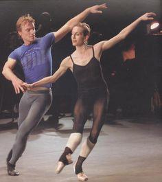 Pretty darn sexy shot of Nikolaj Hubbe rehearsing with Wendy Whelan.
